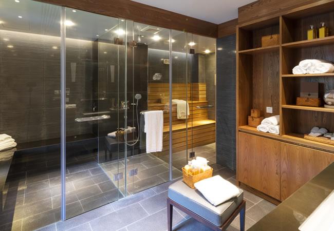 Luxe Badkamer Inrichten : Grote badkamer renoveren & inrichten: 8 tips fotos & inspiratie
